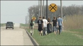 Byron students help with spring clean-up :: KTTC TV | Gov & Law Project | Scoop.it