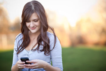 Gen Z Demands Mobile Media - The SMS Marketing Blog - Ez Texting | New Media Education | Scoop.it