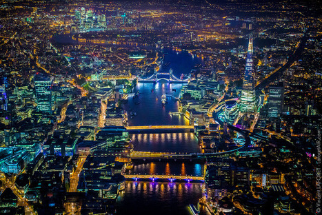 Stunning high-altitude night photography of London captured from a helicopter | D_sign | Scoop.it