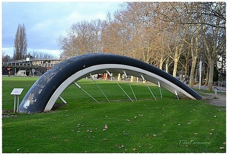 La bicyclette ensevelie, Parc de la Villette, Paris, 1990   Lavillette.fr   Scoop.it