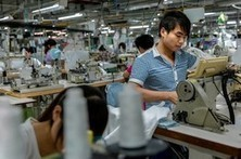 China's factories try karaoke, speed dating and more to keep employees | Global Logistics Trends and News | Scoop.it
