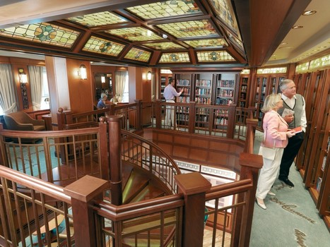 Which cruise ship library is right for you? | Library obsession | Scoop.it