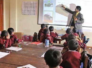 Una norma favorece el ascenso de categoría de los maestros - Diario Pagina Siete | mestres | Scoop.it