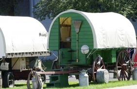 Sheep Wagons Converted into Rustic Mobile Living Spaces | du village autonome... | Scoop.it