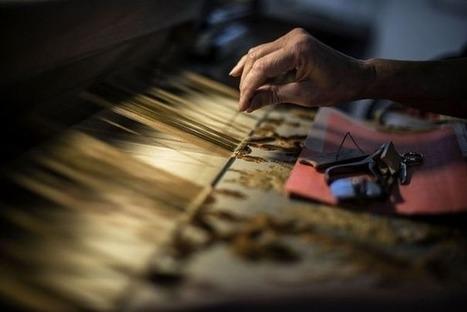 La soie lyonnaise, exemple d'industrie tirant son épingle du jeu grâce au luxe | Innovation @ Lyon | Scoop.it