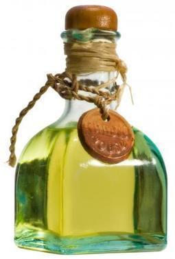 Différence entre l'huile végétale et l'huile essentielle | Huiles essentielles HE | Scoop.it