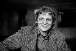 Jiří Josek, bohemista, překladatel, redaktor, nakladatel a divadelní režisér | Translation Watch | Scoop.it