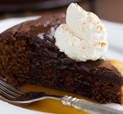 Gingerbread Cake with Caramel Sauce | Yummy and Easy Dessert | Scoop.it
