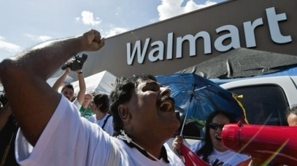 Revealed: how Wal-Mart bribed its way into Mexico | Reflections on a Revolution ROAR | Another World Now! | Scoop.it