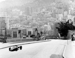 Hill profite des déboires de Clark lors du GP de Monaco 1963 | Que s'est il passé en 1963 ? | Scoop.it