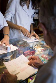 El gasto medio por receta cae un 6,5% en el primer semestre, hasta niveles de 1998 | Apasionadas por la salud y lo natural | Scoop.it