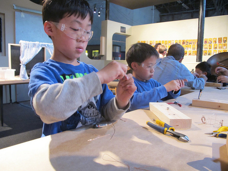 The Tinkering Studio Blog | Exploratorium | STEM Resources | Scoop.it