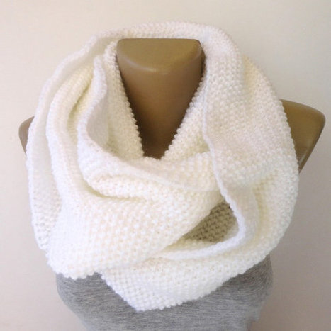 white infinity scarf ,knitted scarf ,unisex . eternity scarves ,cowl . chunky scarf | Winter Fashions | Scoop.it