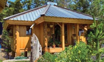 A 280-Square-Foot Cottage: Everything She Needs for $28,000 | This Gives Me Hope | Scoop.it