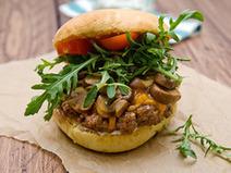 A Hamburger Tuesday: Steakhouse Burger, Sautéed Mushroom ... | Hopster | Scoop.it