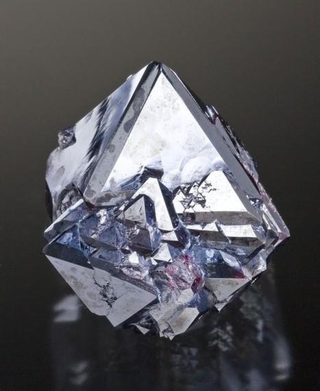 Cuprite octohedra | Minerals | Scoop.it