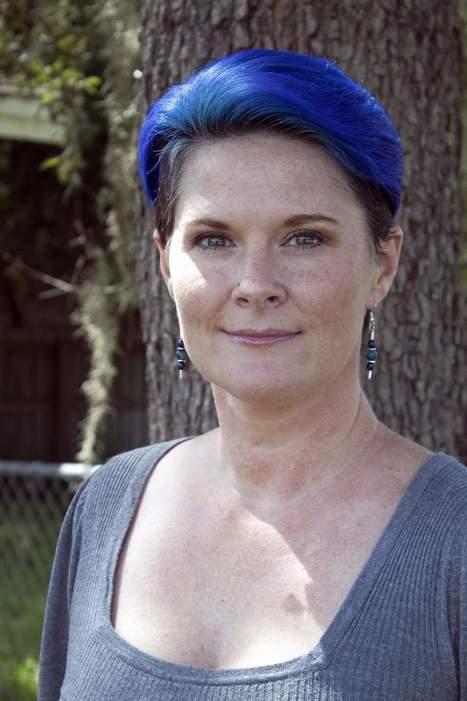 Woman raises awareness of rare ailment  Must cope with loin pain hematuria syndrome | Portal da Diálise - Mais | Scoop.it