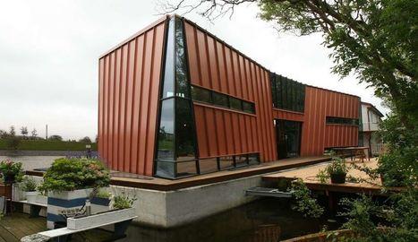 Symétrie trompeuse pour cette maison flottante hollandaise | Construire Tendance | Scoop.it