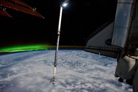 Astronaut Captures Fantastic Shot of Aurora From Space   Skylarkers   Scoop.it
