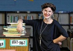 Librarian's creative plea for books gets clicks - ThisWeekNews | School Library Advocacy | Scoop.it