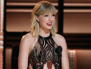 Taylor Swift : de retour sur la scène des Country Music Awards! - Actu Taylor Swift - NRJ.fr | L'actu country pour les pottoks | Scoop.it