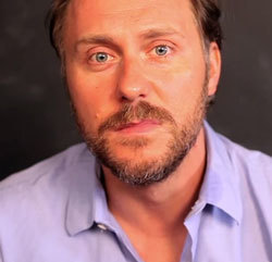 Awesome New Webseries: Real Actors Read Yelp Reviews - Flavorwire | Tracking Transmedia | Scoop.it