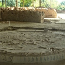 Understanding the Palace of Nestor Throne Room floor | Ancient Artifacts, Art, and Architecture | Scoop.it