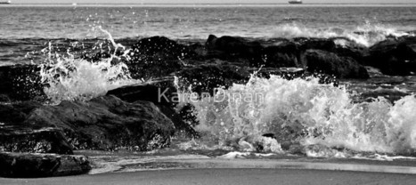 Black and White Sunset Waves over the Jetty                    0743 by KarenDinan | Photography | Scoop.it