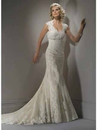 Sheath/Column V-neck Lace Wedding Dress | Wedding Dresses | Scoop.it