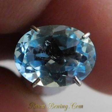 Jual Permata Sky Blue Topaz Bersinar Ramai Oval Cut 2.10 carat | Toko Online Indonesia | Scoop.it