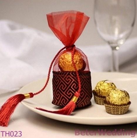 婚礼小物 中國風锦缎雪纱喜糖袋 糖果盒子婚庆用品 倍乐婚品TH023 | Wedding Gifts | Scoop.it