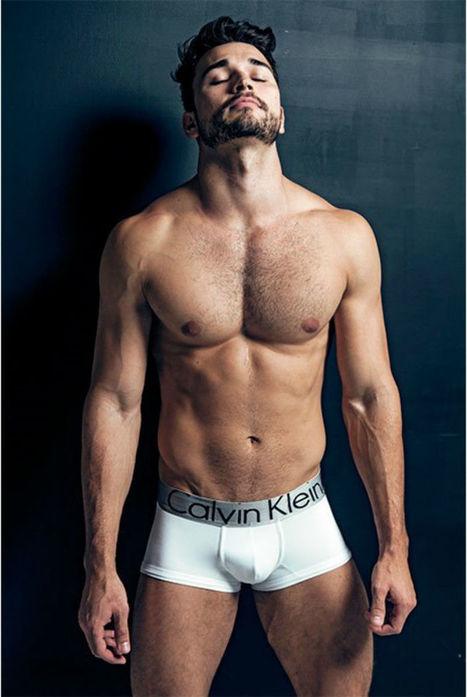 Danilo Altoén Shirtless by Murilo Pozzi   Hairy Hunks   Scoop.it