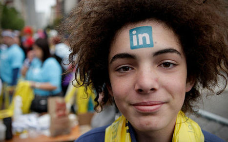 5 Better Ways to Network on Twitter and LinkedIn   Social Media Profiles   Scoop.it