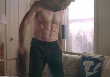 Aaron Diaz Shirtless in Quantico Ep. 2.03 - Shirtless Hunk Photos | Shirtless Hunk Photos | Scoop.it