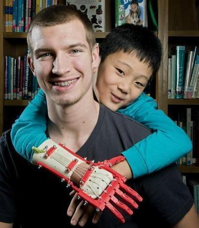 Kansas teen uses 3-D printer to make hand for boy - KansasCity.com | 3D printing | Scoop.it