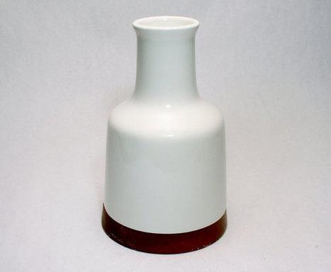 Michael Lax for Raymor Capri Carafe or Vase Mid Century Modern Hyalyn Pottery Porcelain Eames Era Design   S U B L I M E * D E S I G N   Scoop.it
