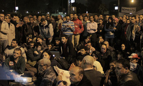 Cairo Filmmakers Screen Images of Revolt on the President's Wall | Égypt-actus | Scoop.it