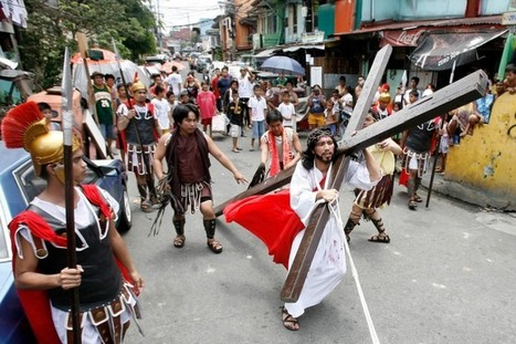 Roman Catholic flagellation during Easter in Philippines | The Atheism News Magazine | Scoop.it
