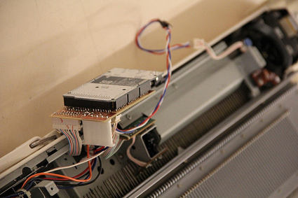 Knitic, an Open Hardware Knitting Machine | BarFabLab | Scoop.it