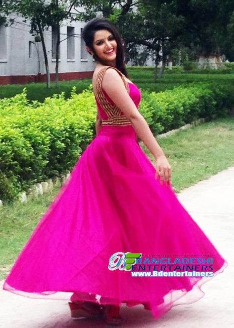 Bangladeshi model and actress Pori Moni latest photo and news | Bangladeshi Model And Actress | Scoop.it