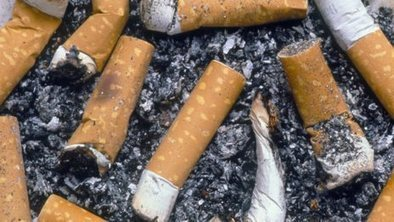 Plain packs 'help smokers to quit' | Health | Scoop.it
