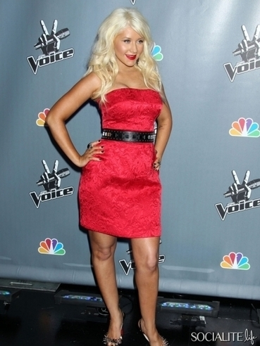 Christina Aguilera Joins Twitter, Tweets First Tweets | 11 | Socialite Life | Around the Music world | Scoop.it