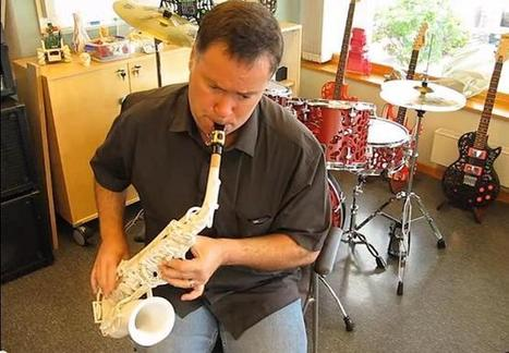 Olaf Diegel 3D Prints a Saxophone After Being Challenged By 3D Systems' CEO Avi Reichental   tecnologia s sustentabilidade   Scoop.it