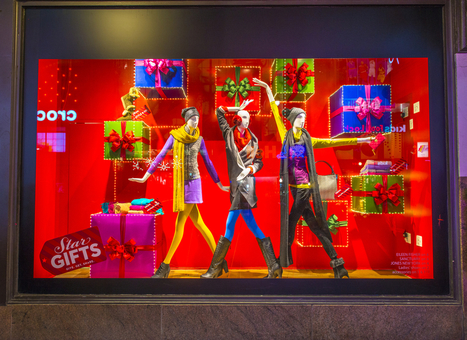 Holiday Window Displays That Welcome Shoppers | Smartpress.com | Branding & Marketing for Businesses | Scoop.it
