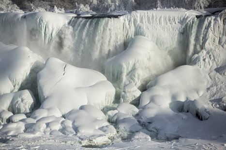It's so cold out that Niagara Falls has partially frozen over | This Can Be Important To You! | Scoop.it