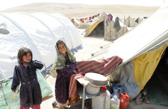 And still they smile…. | Afghan refugees and internally displaced persons | Scoop.it