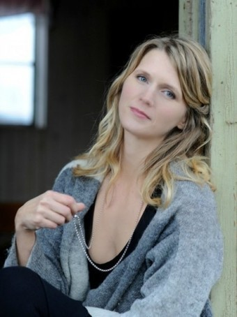 How I Create: Q&A with Writer Anna Lovind | Creativity Scoops! | Scoop.it