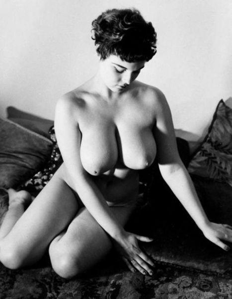 Lorraine Burnett | Busty Boobs Babes | Scoop.it