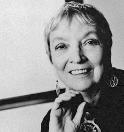 Karen Woodward: 10 Female Science FIction Writers Who Changed ... | sciencefictionhsc | Scoop.it