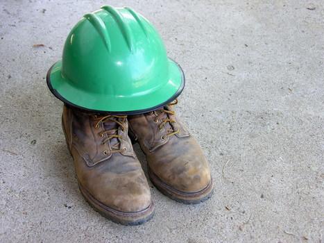 El calzado de seguridad, clave para evitar accidentes laborales   Proceso Productivo de Goma   Scoop.it